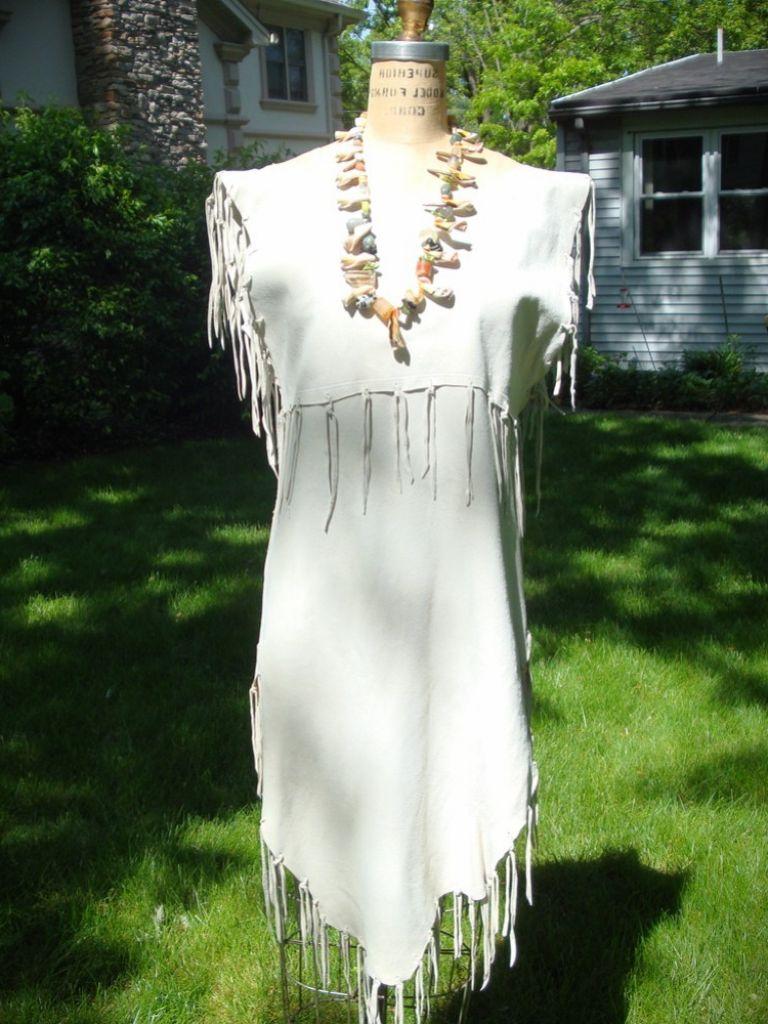 native american wedding dresses traditional native american wedding dress Traditional Navajo Wedding Dress 24 Dressi Native American