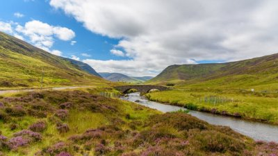 A new driving route showcases Scotland at its scenic best - Virgin Media Television Xposé