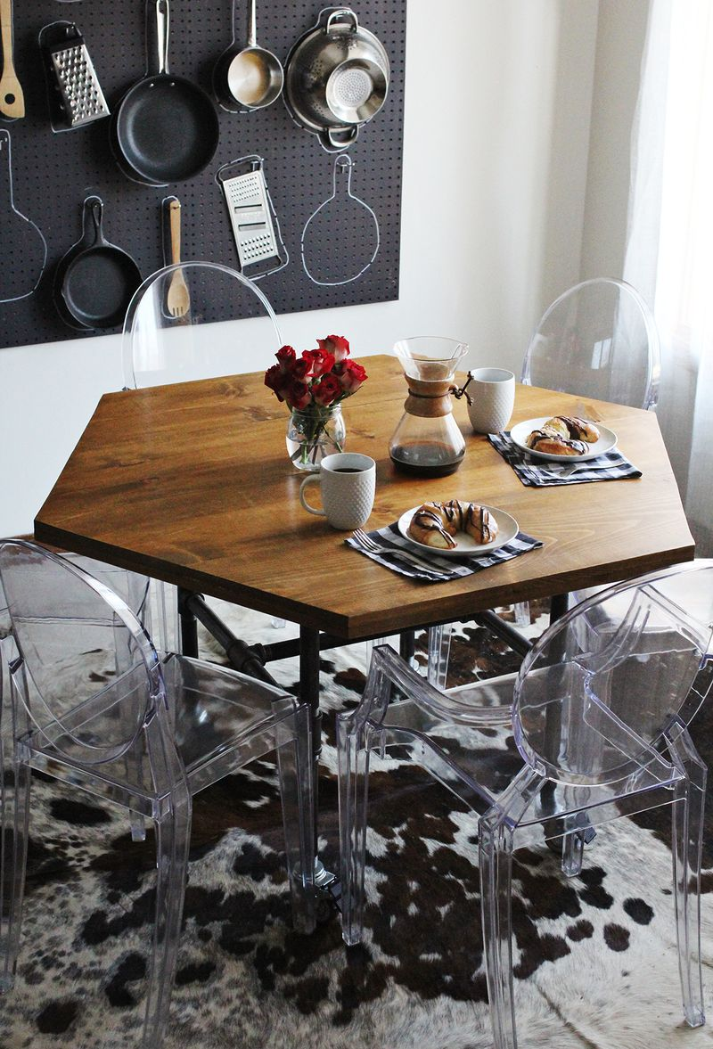 diy pipe legs table industrial kitchen table DIY Hexagon Table