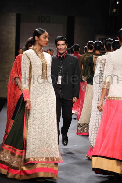 Manish Malhotra at Wills Lifestyle India Fashion Week SS ...