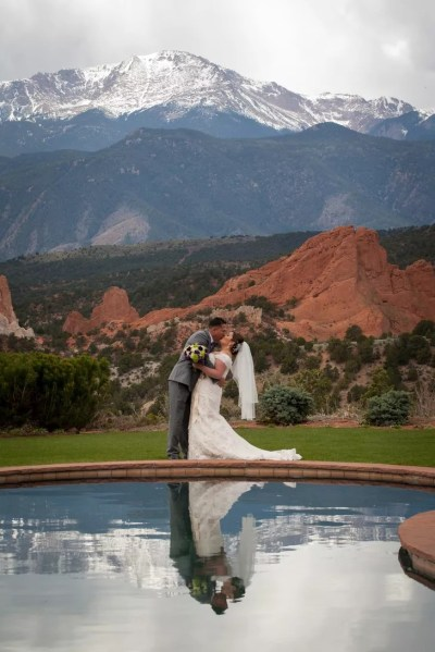 A Rustic Mountain Wedding at Garden of the Gods Club and ...
