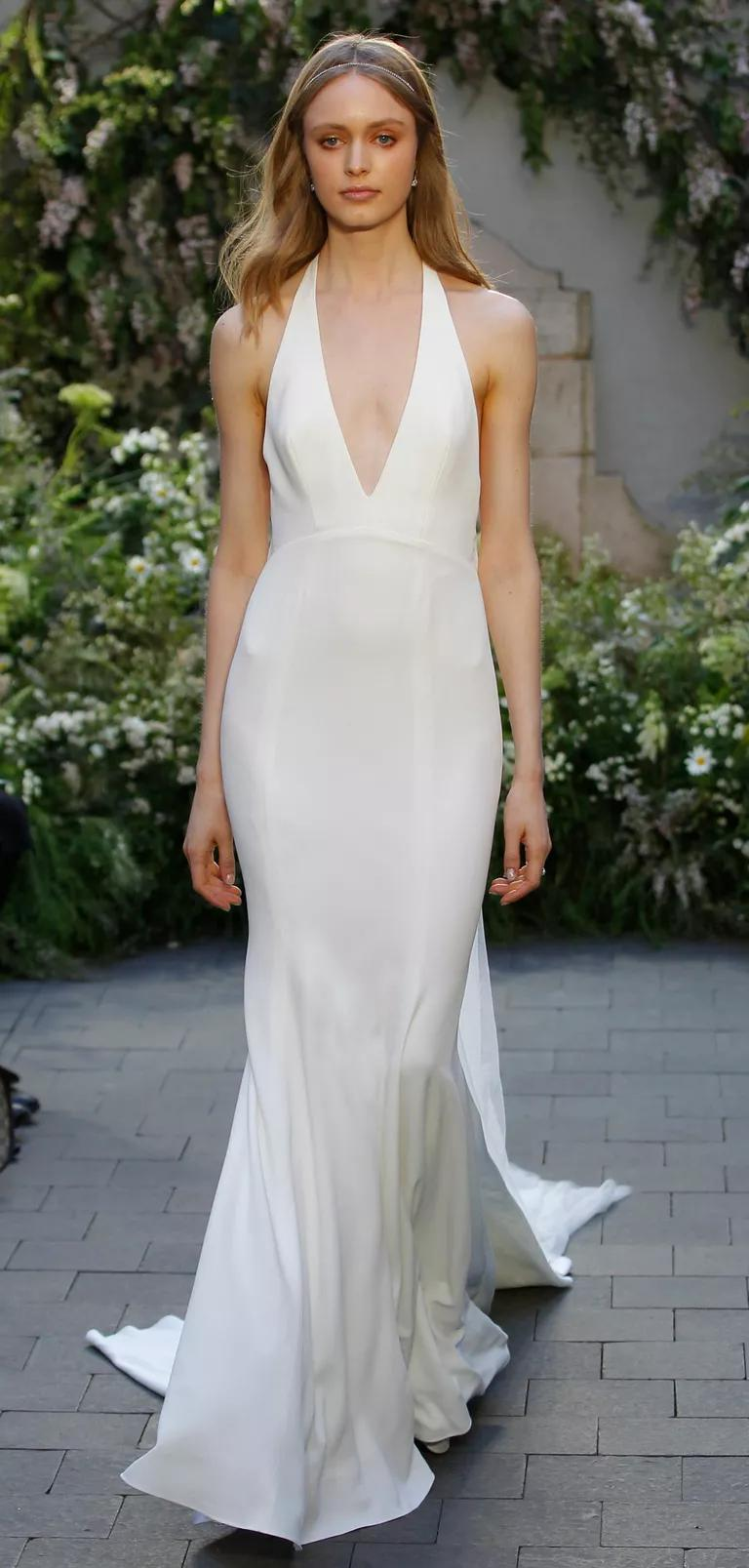 monique lhuillier bridal fashion week spring plunging neckline wedding dress Monique Lhuillier Spring silk white crepe wedding dress with plunging V neck halter