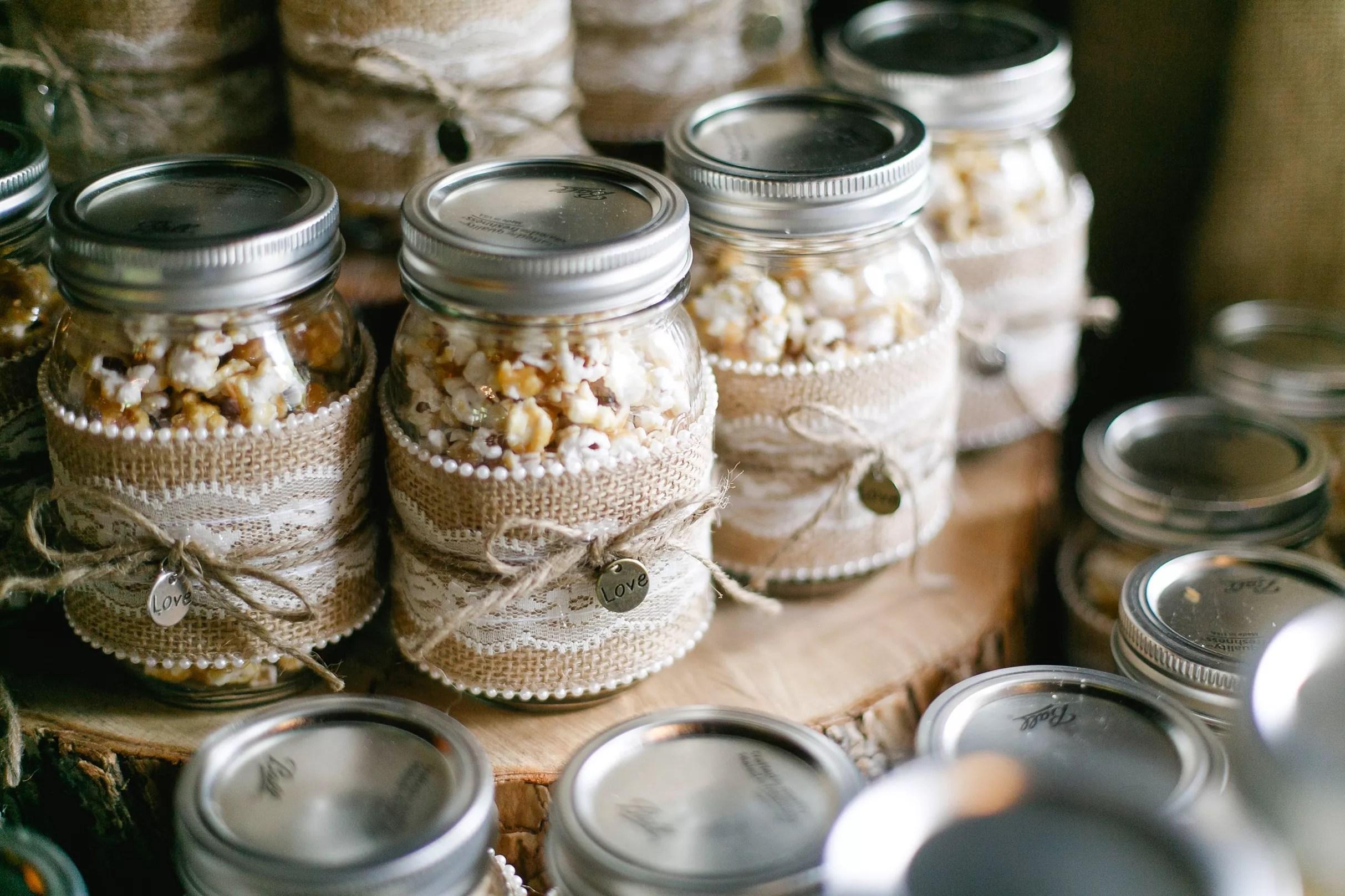 diy popcorn mason jar wedding favors photo 1 wedding gifts for guests