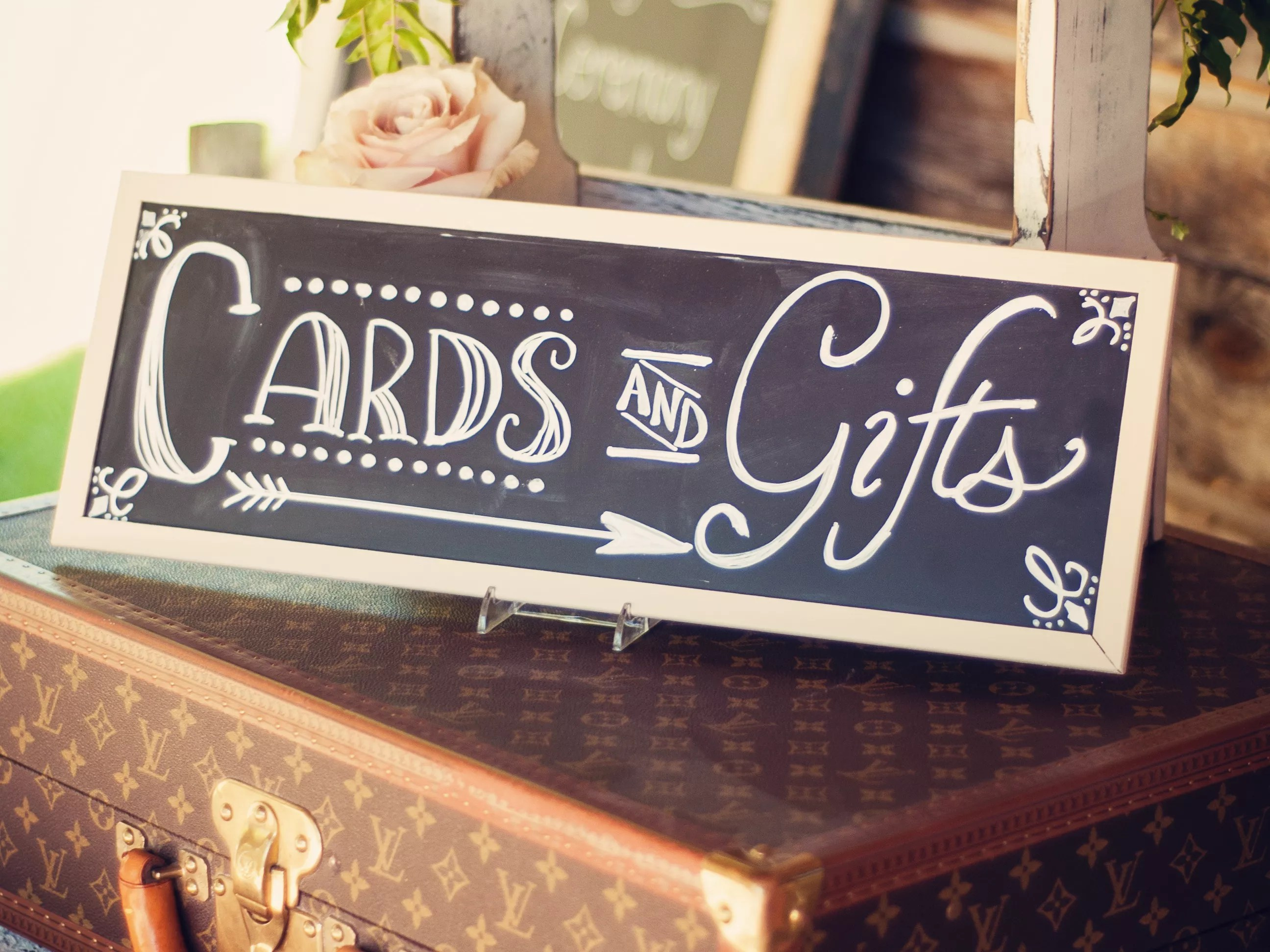 rules of wedding gift giving wedding gifts for guests