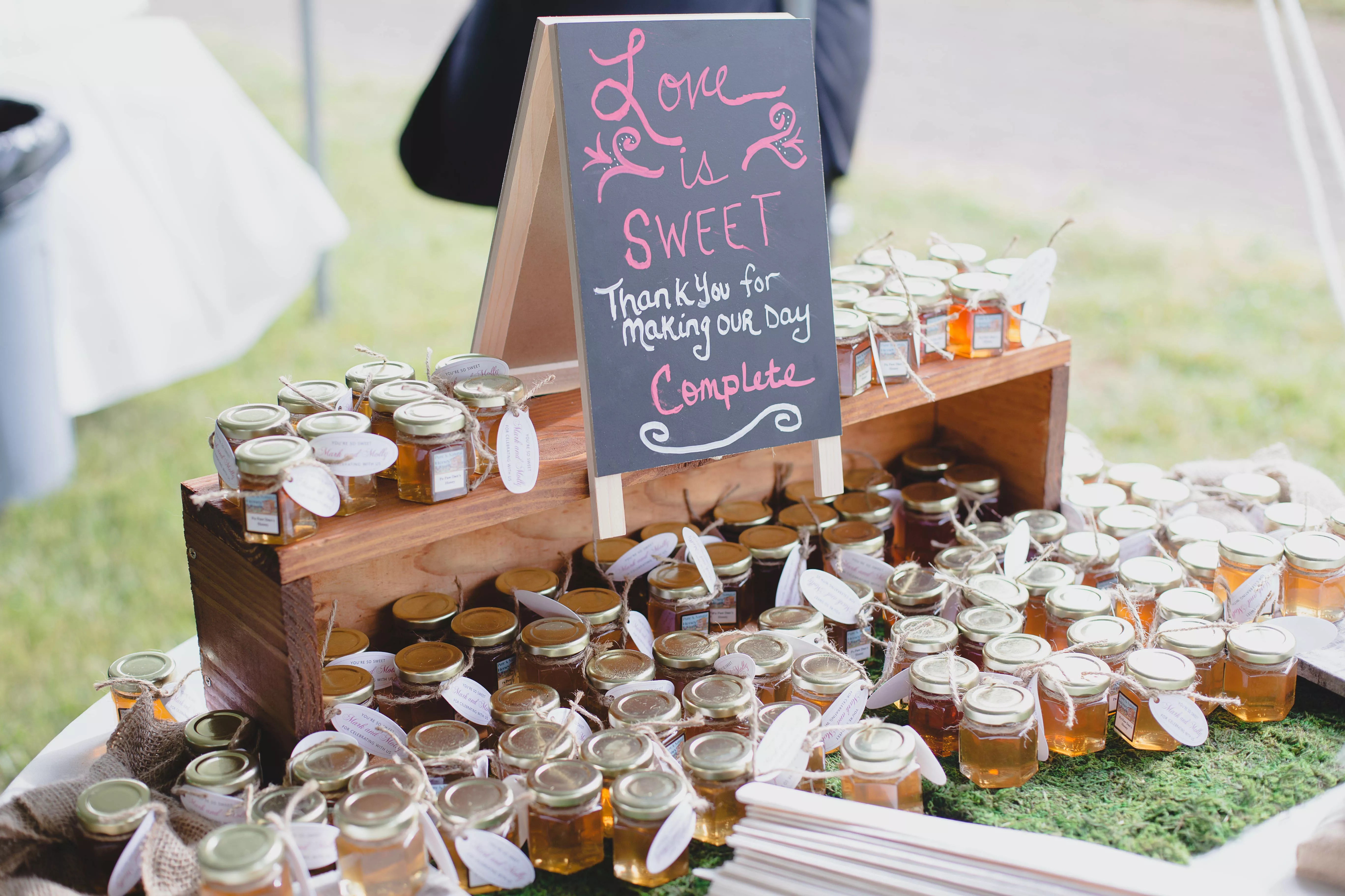 diy honey wedding favors photo wedding gifts for guests