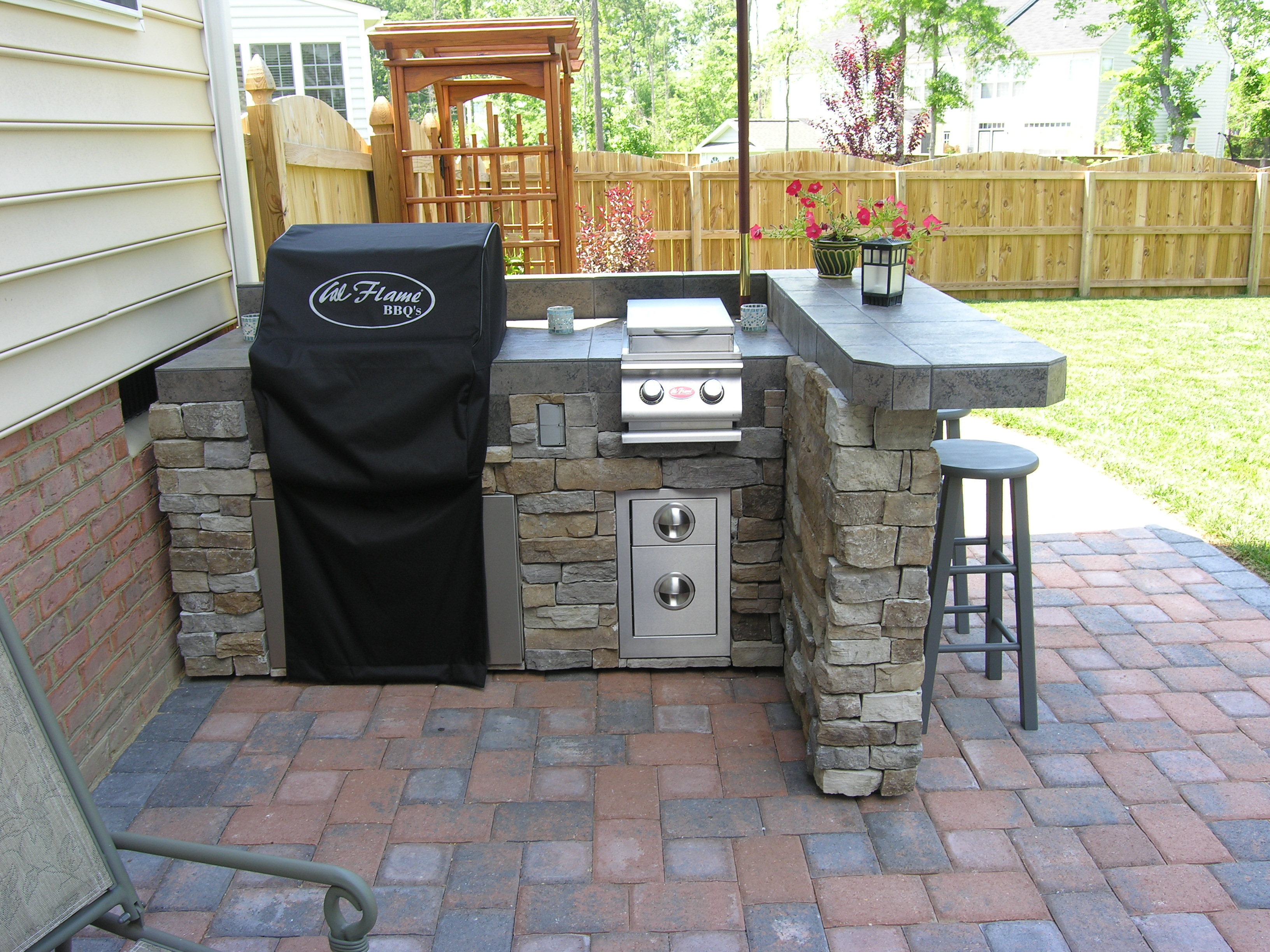 outdoor bbq kitchen outdoor kitchen lighting 25 best ideas about Outdoor Bbq Kitchen on Pinterest Outdoor grill area Outdoor kitchens and Backyard kitchen