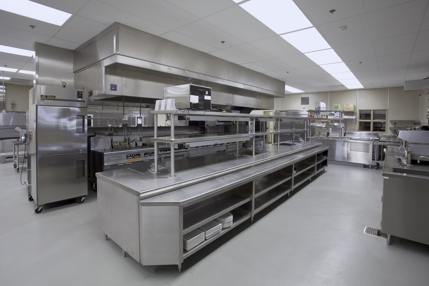 food industry flooring commercial kitchen flooring food industry flooring by armorpoxy large commercial kitchen grey floor