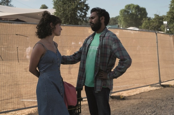 'Yesterday' – Himesh Patel and Lily James shine in (romantic) film with strong feelgood summer vibe