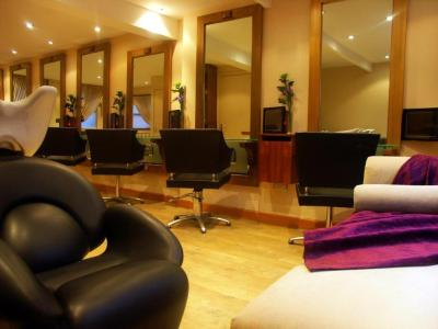 Lifestyle Hairdressing 12 High Street, Aylesbury ...