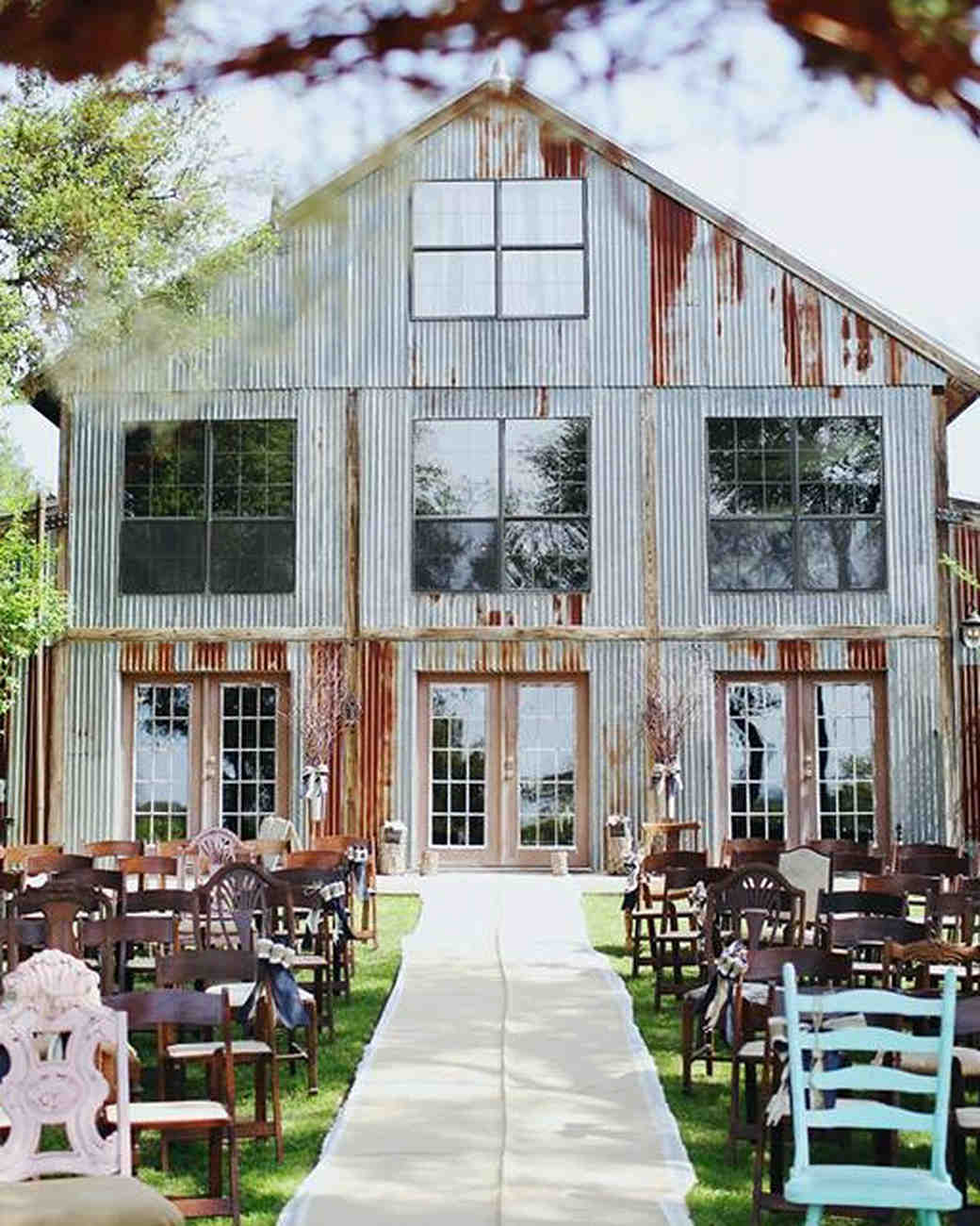 11 Rustic Wedding Venues to Book for Your Big Day | Martha ...
