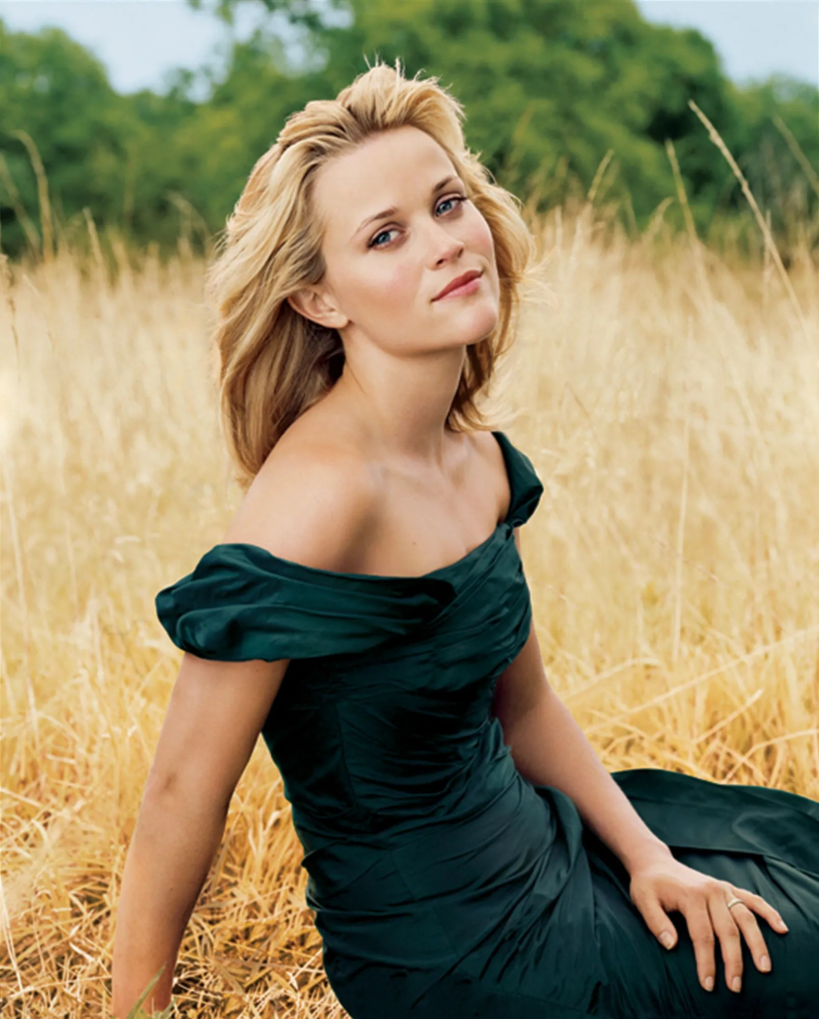 Reese Witherspoon Net Worth Income Source Career  House cars     Reese Witherspoon Source of Income