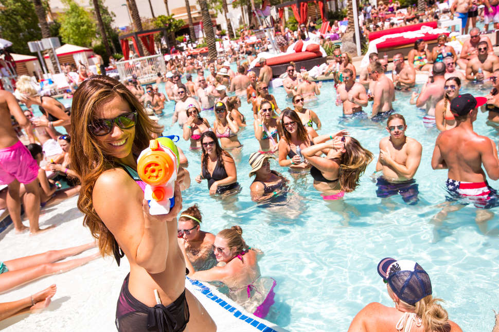 Best Las Vegas Pool Parties 2018  The Definitive Pool Party Guide     go dayclub