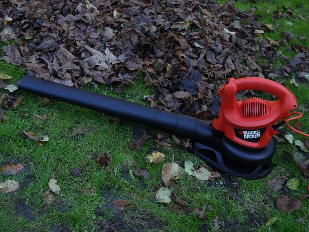 Black and Decker GW2200 Garden Tools  Review
