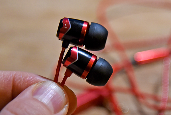SoundMagic E10S Headphone  Review