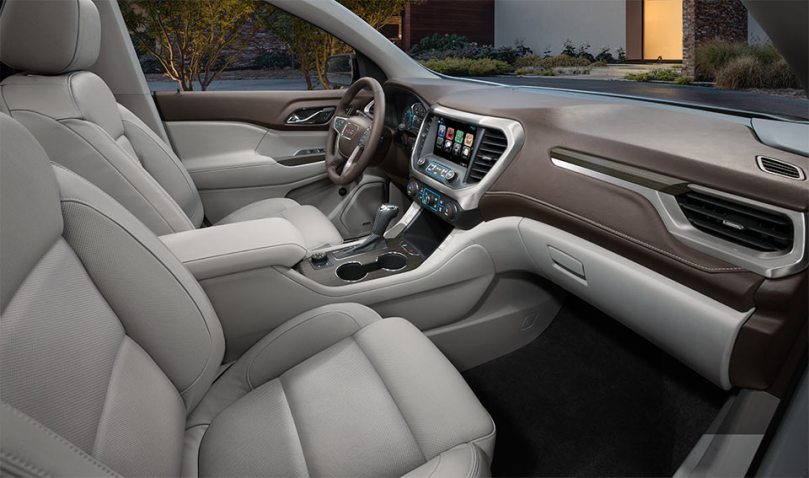 Powerful and Spacious  A 2017 GMC Acadia Test Drive Review   Buick     The interior of the 2017 GMC Acadia Denali
