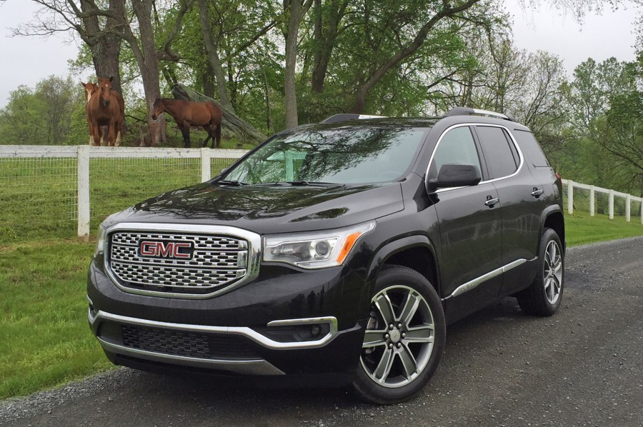 The New Acadia Has Been Put Through a Major Diet   Cardinale GMC 2017 Acadia Cardinale GMC