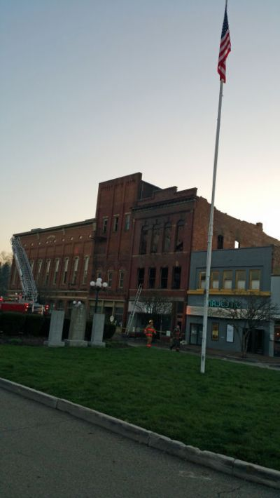 Four historic buildings damaged in Nelsonville Public Square fire | News | athensmessenger.com