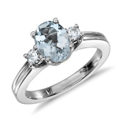 aquamarine diamond ring marine wedding rings Aquamarine and Diamond Ring in 18k White Gold mm