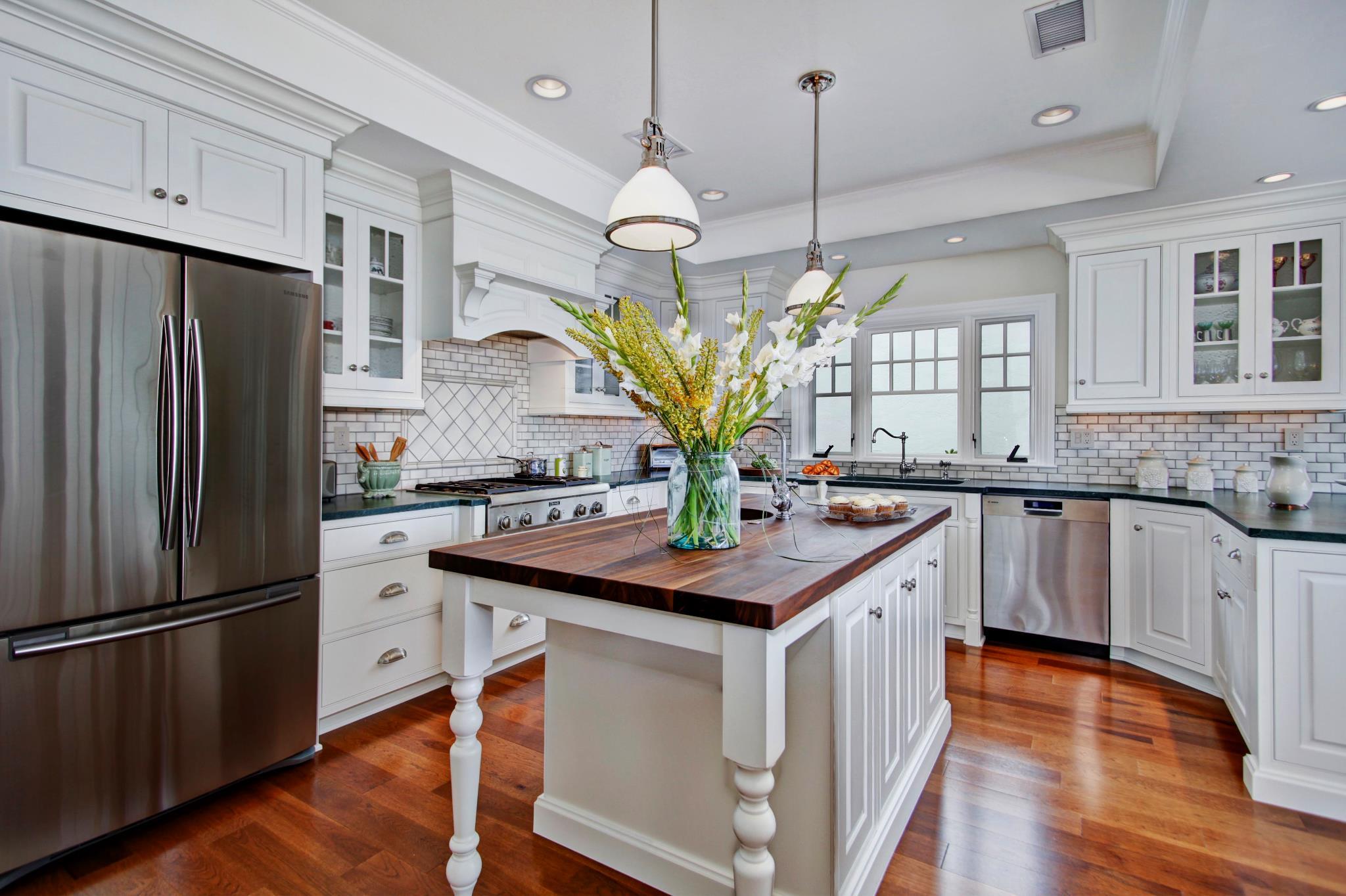 brakur colonial kitchen sink Dover NH Kitchen Cabinets