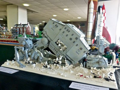 Abandoned AT AT | A superb all-Lego diorama at Modelworld | Les Chatfield | Flickr