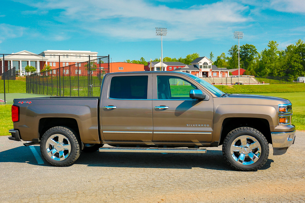 Pro Comp Leveling Kit Results   2014 2018 Silverado   Sierra Mods     After Leveling   Tires  34070472231 9c300709f2 b jpg