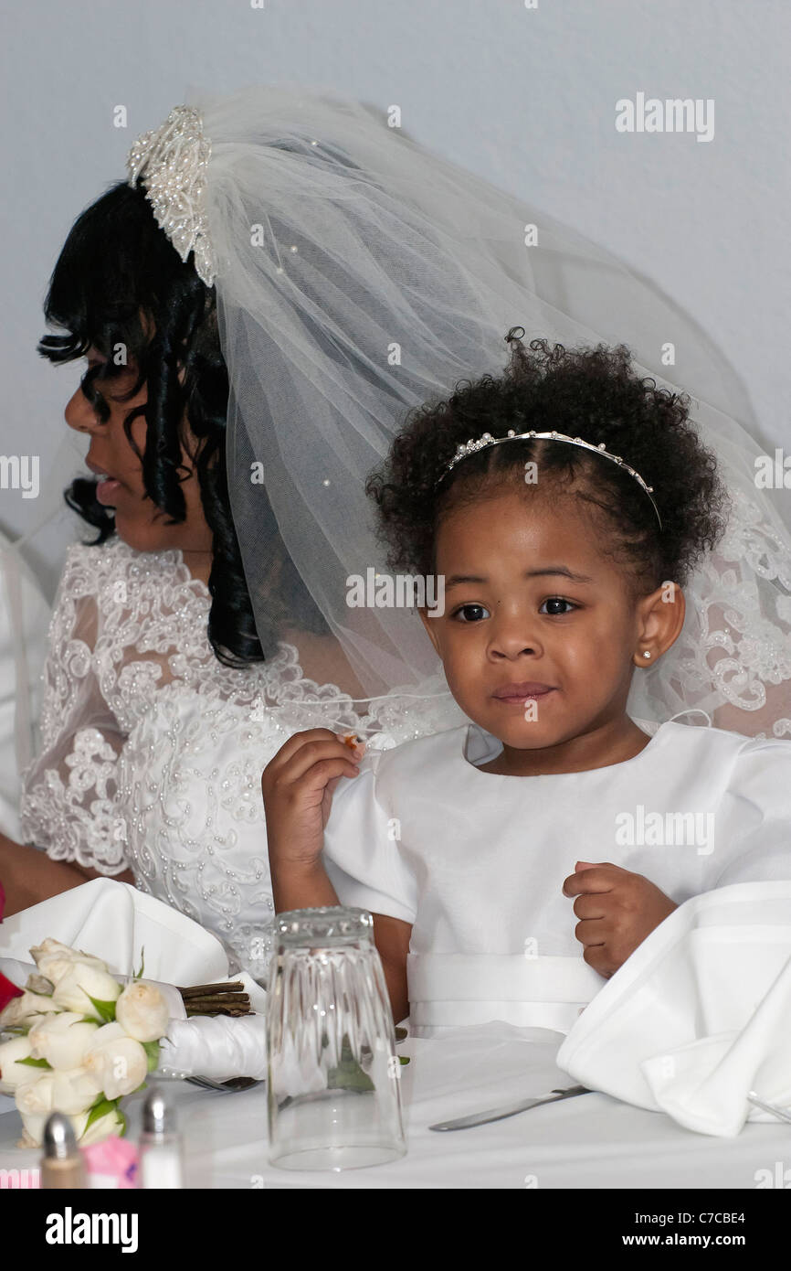 pretty curls natural hair inspiration for african american brides african american wedding dresses Pretty Curls Natural Hair Inspiration for African American Brides Munaluchi Bride