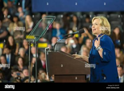 Hillary Speak Stock Photos & Hillary Speak Stock Images - Alamy