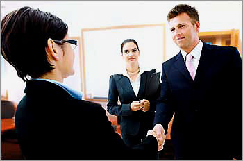 Interview tips for first-time job seekers - Boston.com