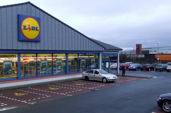Lidl and W part ways as supermarket looks to bag new agency   PR Week Lidl and W to part ways in July
