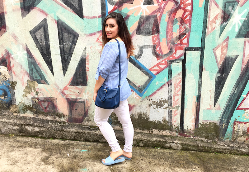 look-do-dia-blue