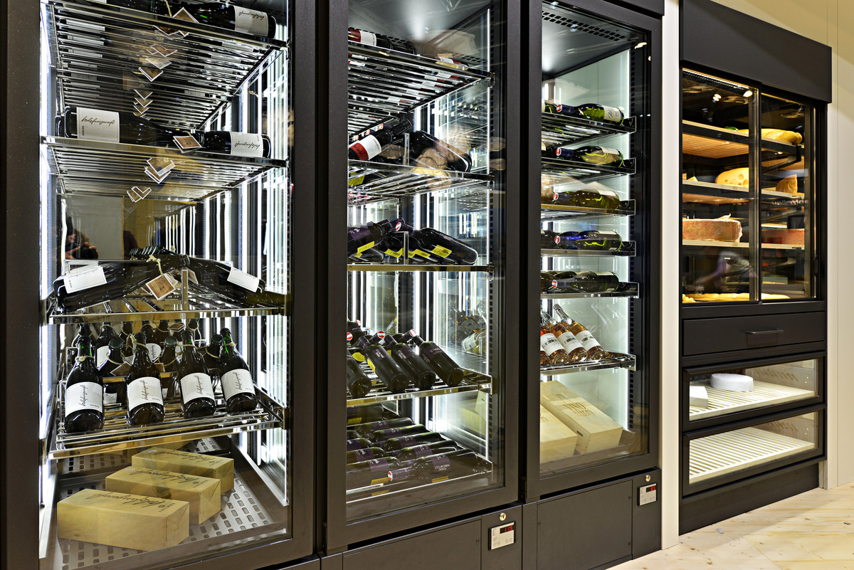 AKE Chilled Wine Storage & Display
