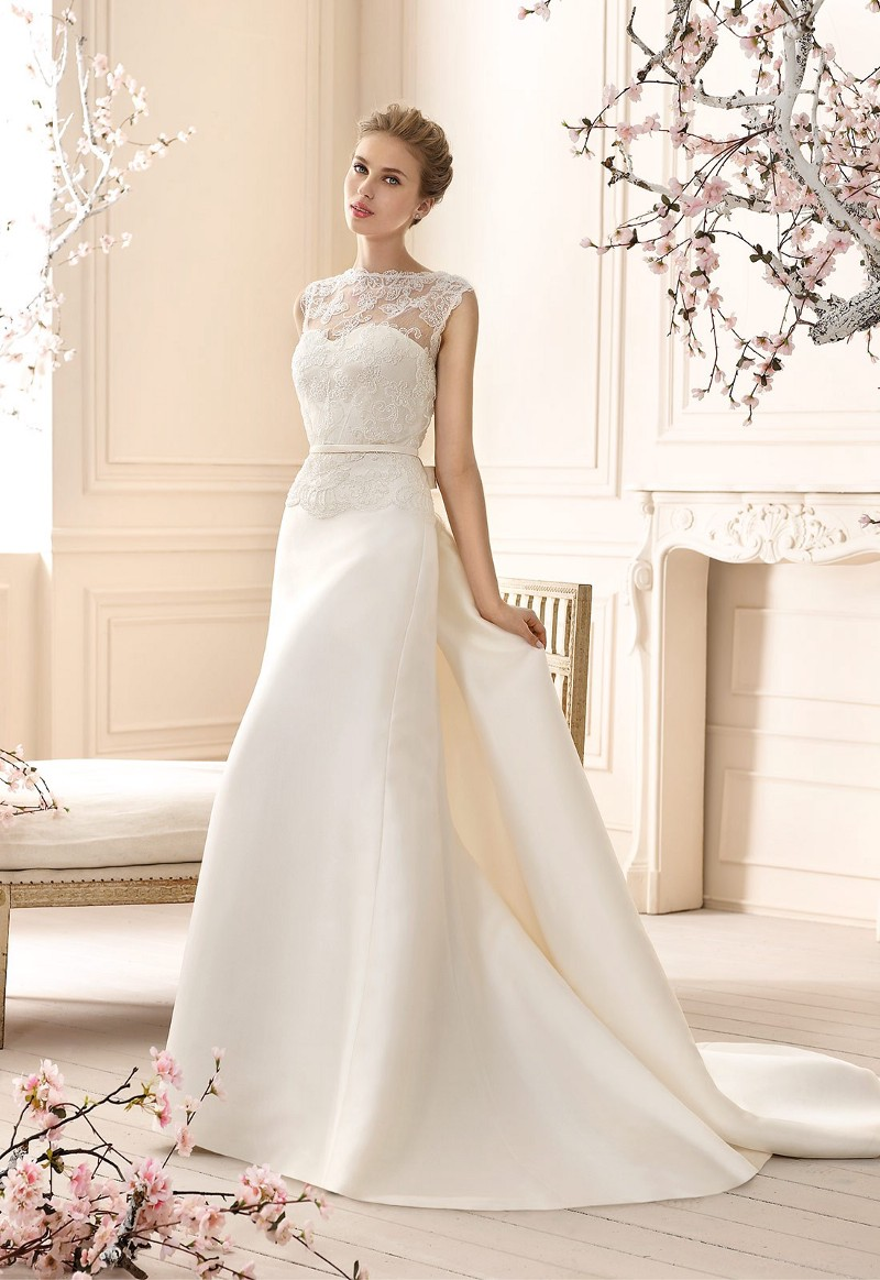 cabotine palmer e source rss 1 wedding dress sales Wedding dress with vas e skirt and removable tail in mikado Independent jacket in embroidery tulle with crytal appliqu s