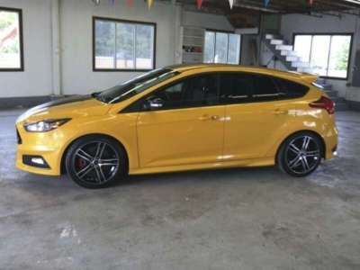 CanadaEast | Classifieds | Vehicles | 2016 Ford Focus ST *17km* *Mint* *Nice Mods*