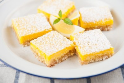 The Best Lemon Bars | KitchMe