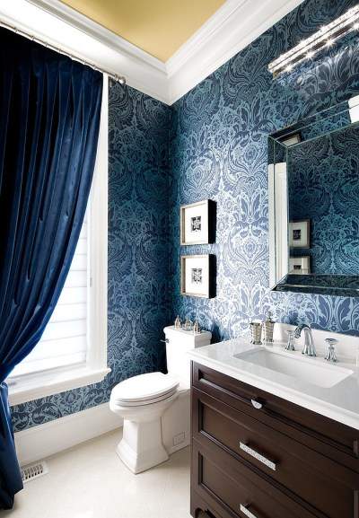 20 Gorgeous Wallpaper Ideas for Your Powder Room