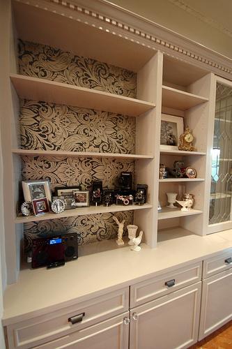 Cream and Brown Bookshelf Wallpaper