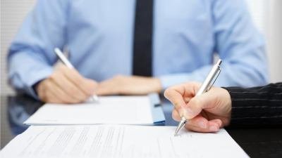 5 Important Things to Consider When Using a Co-Signer to Apply for a Loan | GOBankingRates