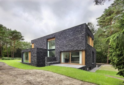 Stone House Siding Blends Beautifully with Nature, in the ...