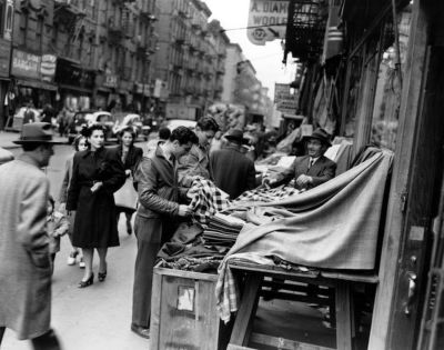 Vintage Photographs Show New York City Street Life in the ...