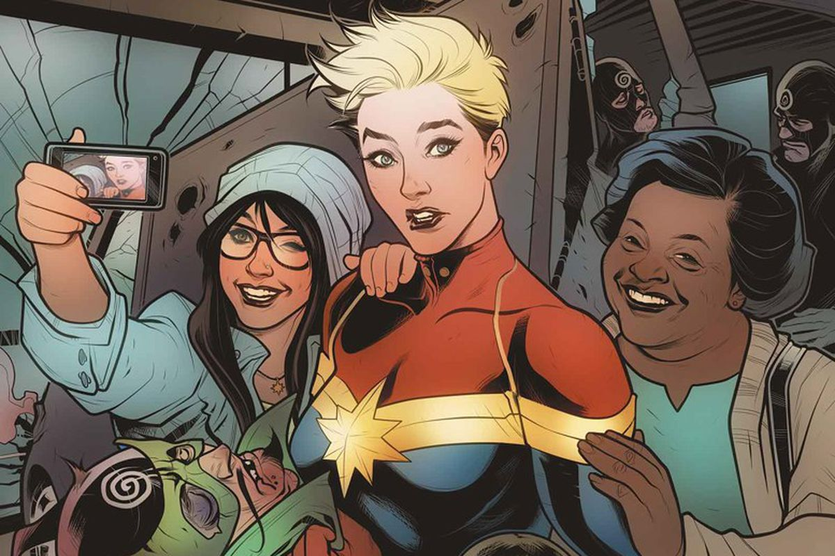 First look at Captain Marvel s movie costume isn t what you d expect     Elizabeth Torque Marvel Comics