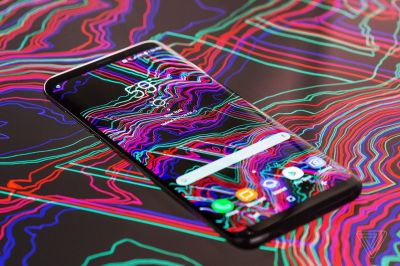 Enter our phone wallpaper design contest for a chance to be featured in a review - The Verge