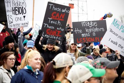 Teachers strike in Arizona, West Virginia and Oklahoma - Vox