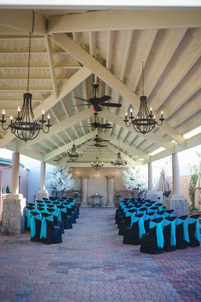 Antique Wedding House Weddings | Get Prices for Wedding ...