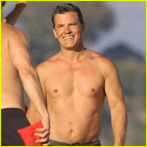 Josh Brolin Goes Shirtless for 4th of July Beach House Party    Josh     Josh Brolin Goes Shirtless for 4th of July Beach House Party