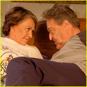 First Photos from  Roseanne  2018 Revival Revealed    Alicia     First Photos from  Roseanne  2018 Revival Revealed