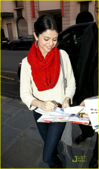 Selena Gomez Launches Official Site!   Photo 364742 - Photo Gallery   Just Jared Jr.