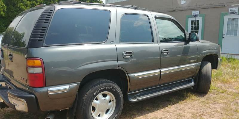 2000 Gmc Yukon 4dr SLE 4WD SUV In Lake Saint Croix Beach MN   S   L      2 199