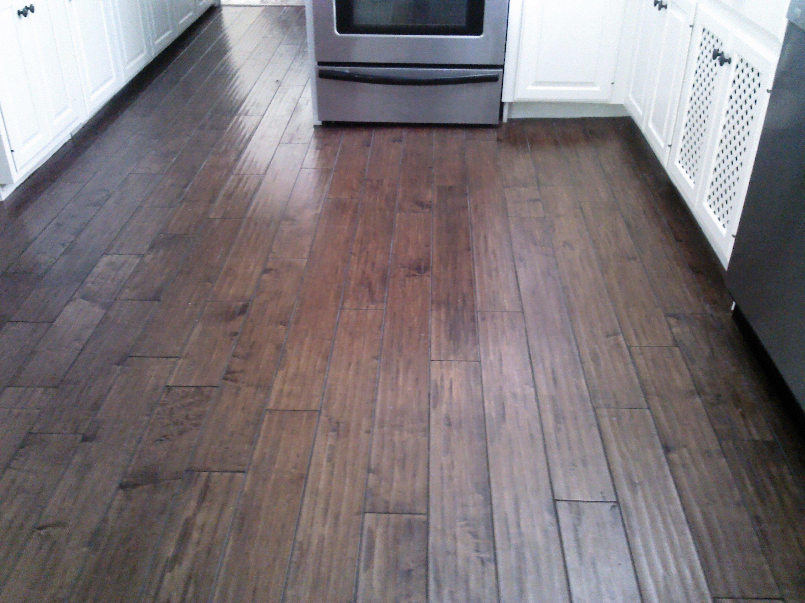 Laminate Wood Flooring in Kitchen Ratings Reviews wood floors in kitchen