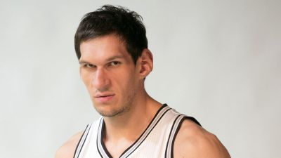 The Spurs' Boban Marjanovic makes a giant first impression - Pounding The Rock