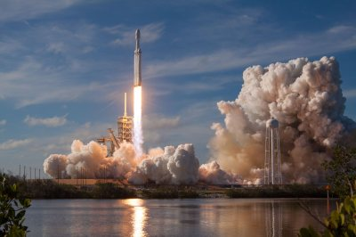 SpaceX fans, here are 30 hi-res wallpapers for your phone or PC - Android Authority